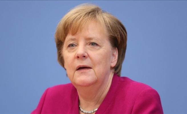 Merkel'den dikkat çeken 'İslam' çıkışı