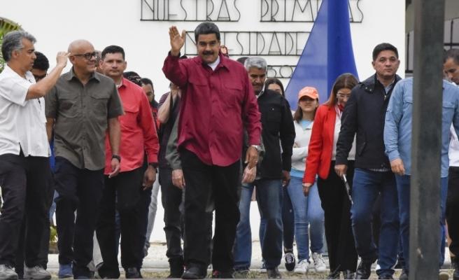 Venezuela, ABD ile tüm diplomatik ilişkilerini kesti