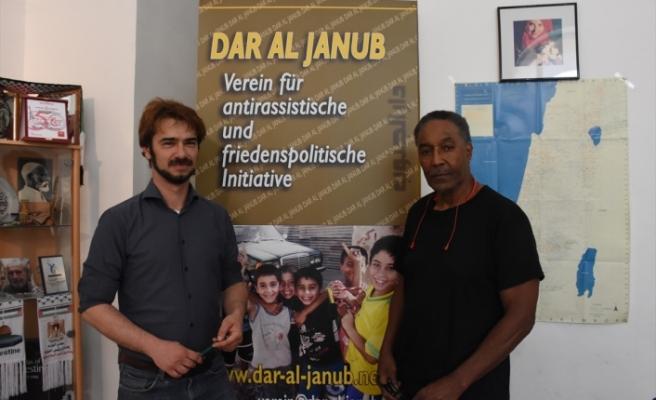 Avusturya'da Filistin dostu aktiviste sansür