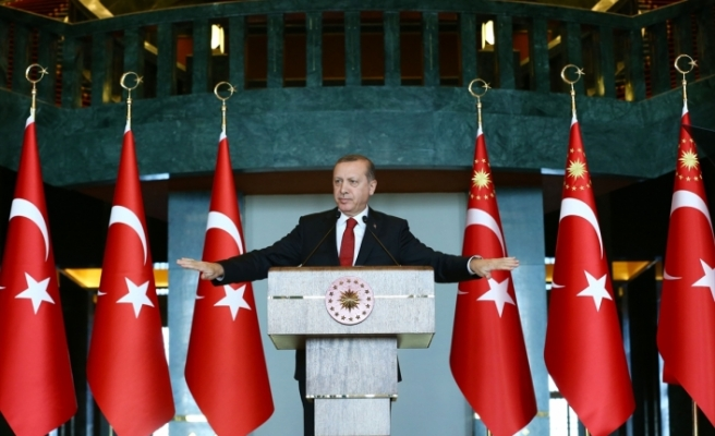 """Avusturya'daki Türk seçmenler """"Erdoğan"""" dedi"""