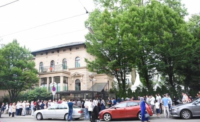 Avusturya'daki Türklerden sandığa yoğun ilgi