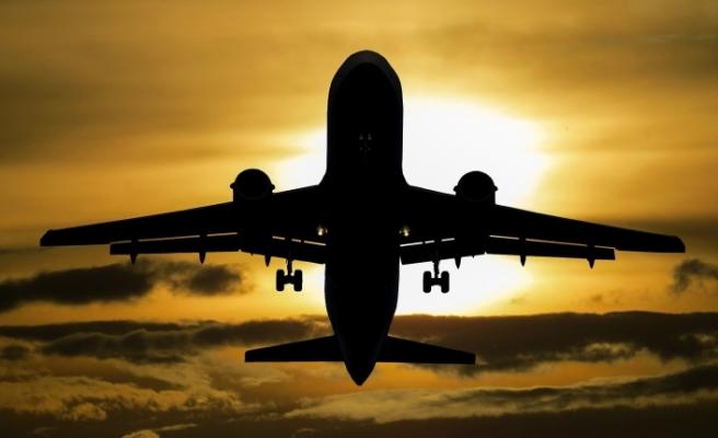 Endonezya'da yolcu uçağı düştü! Kimse kurtulamadı