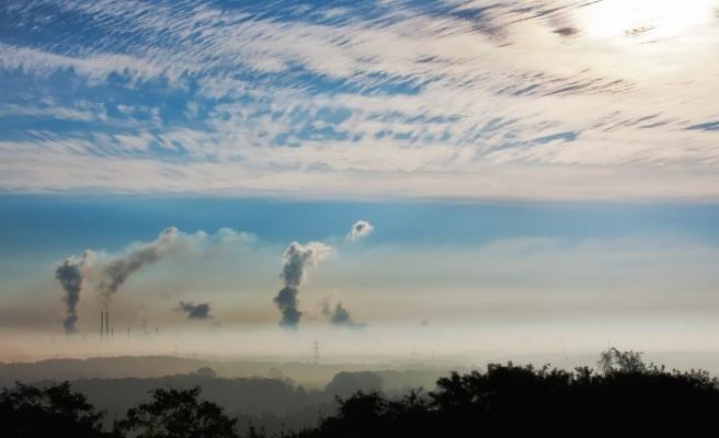 Hava kirliliği 100binlerce kişinin ölümüne yol açtı