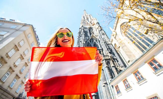 """Avusturya'da yaşayanların dikkatine: Yeni """"yılın"""" yeni """"yasaları"""""""