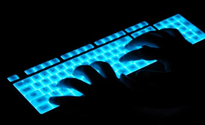 """Hacker grubundan """"11 Eylül"""" tehditi: Tüm dünyaya açıklarız"""