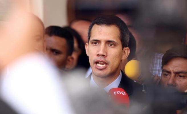 Avrupa ülkeleri, Venezüella'da Guaido'yu geçici devlet başkanı olarak tanımaya başladı