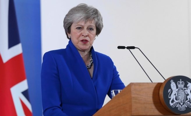 Brexit - İngiltere Başbakanı May: AB'den asla çıkamayabiliriz