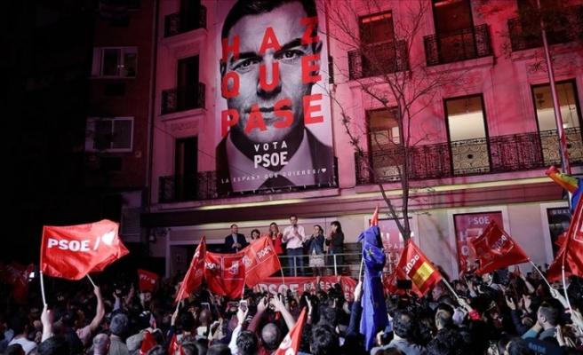 İspanya'da genel seçimleri Sosyalist Parti kazandı ancak...