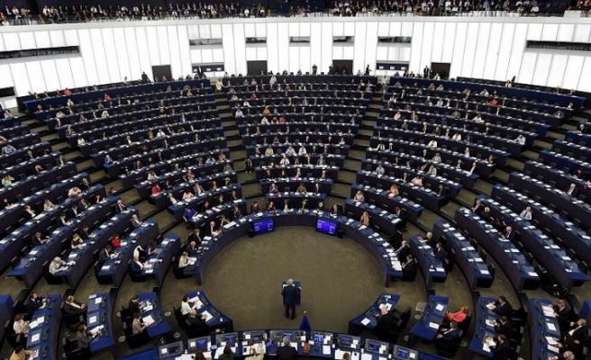 Avrupa Birliği kurumlarının Brüksel'deki üst düzey yöneticileri nasıl seçiliyor ?
