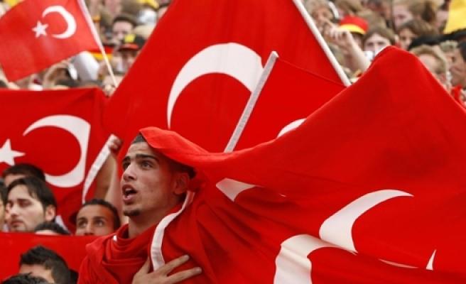 ''Almanlara göre Türkler uyum sağladı''