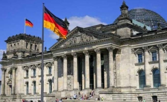 ''Almanya ocak ZEW ekonomik güven endeksi 61,7 puana geriledi''