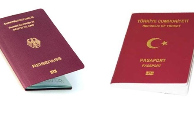 'Almanya'da çifte vatandaşlık çalışmaları'