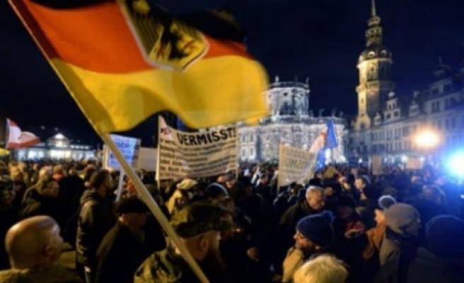 Almanya'da ırkçılık hortladı