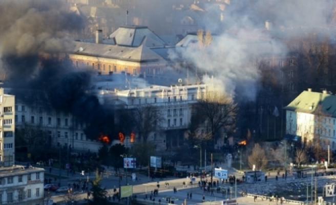 ''Avusturya, Bosna Hersek'te Asker Sayısını Artıracak''