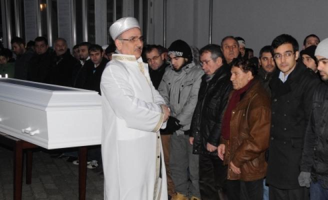 ''Danimarka Polisi Tarafından Öldürülen Türk....''