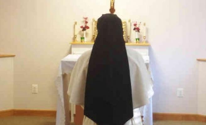 ''Doğum yapan rahibe şaşırttı!''