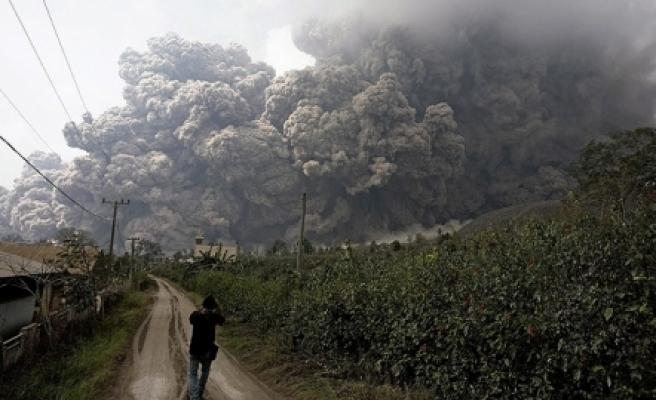 ''Endonezya'da yanardağ dehşeti!''