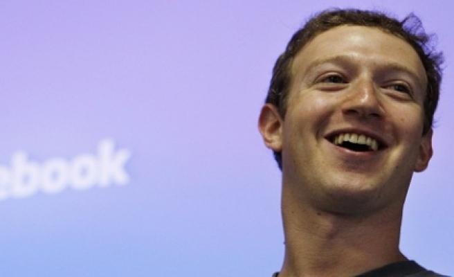 ''Facebook'un patronundan önemli açıklamalar''
