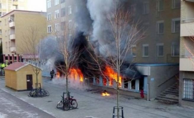 İsveç'te bir camiye daha saldırı!