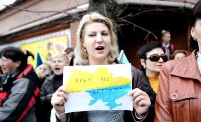 ''Kırım Tatarlarından Rusya'ya protesto''