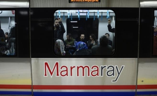 """""""Marmaray, 4 ayda İstanbul'u taşıdı"""""""