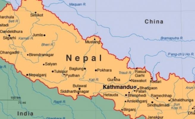 Nepal'de uçak düştü: 18 ölü