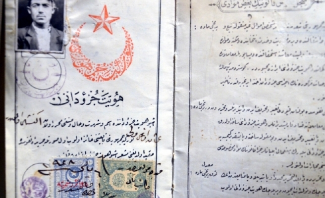 ''Osmanlı Nüfus Hüviyetleri Zamana Meydan Okuyor''