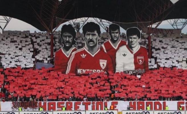 ''Samsunspor'un futbol şehitleri anıldı''