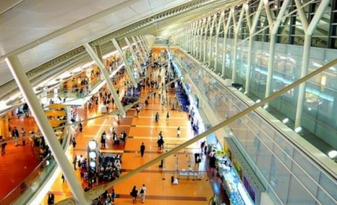 ''Şöhretlerin havaalanından geri çevrildiği ülke: Japonya''