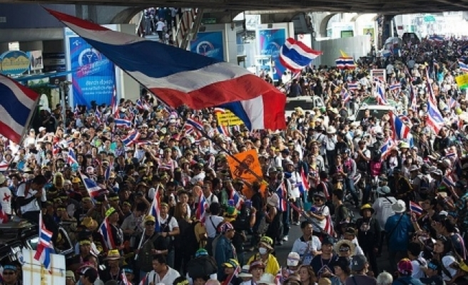 ''Tayland'da olağanüstü hal yürürlüğe girdi''