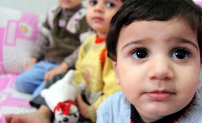 ''Tek Tesellileri Türkiye'de Doğan Çocukları''