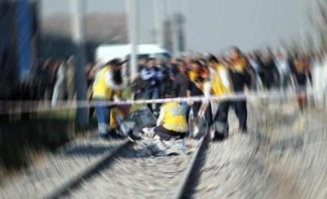 Trenin Çarptığı Devlet Bakanı Hayatını Kaybetti