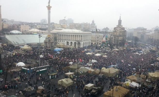 """""""Ukrayna'da """"Halk Mitingi""""!"""""""