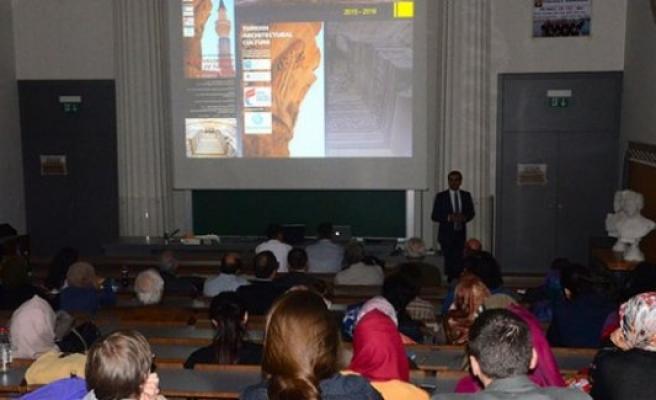 Viyana'da 'Türk Mimarisi' Konferansı