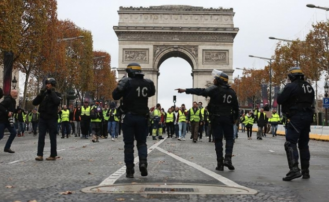 Fransız basınından flaş iddia: Darbe yapabilirler