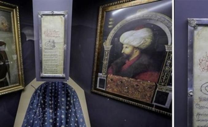 """""""Fatih'in Ahidnamesi"""" 556 yıldır Bosna'daki manastırda korunuyor"""