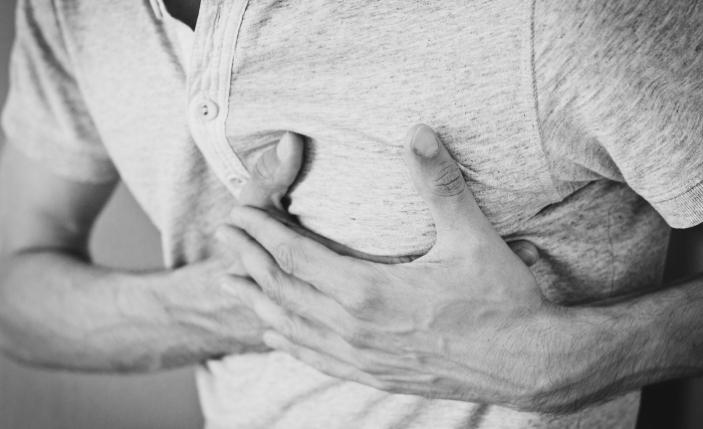 Diş ve çene ağrısı kalp krizine işaret edebilir